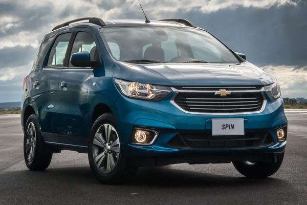 Nouveau modèle Chevrolet Spin 2020: photos, prix, versions, restyling