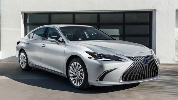 Nouvelle Lexus ES 2022