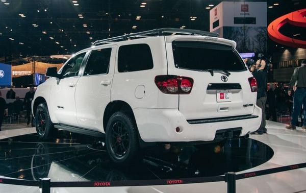 Toyota Sequoia 2022