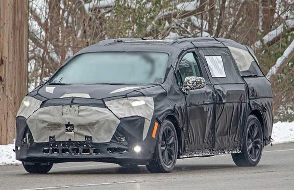 Toyota Sienna 2022