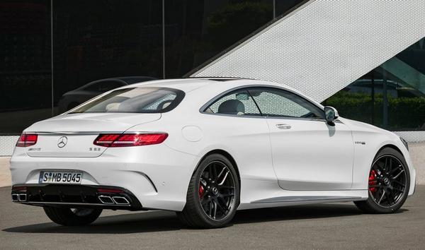 Mercedes AMG S63 2022