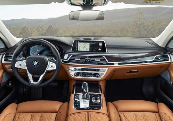BMW 7 2022